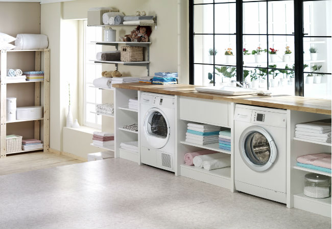 Finding the Best Flooring Options to Use in the Laundry Room